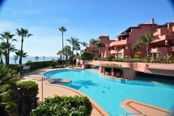 Sold: 2 Bedroom, 2 Bathroom Apartment in Menara Beach, New Golden Mile, Estepona